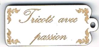 BE014B - Bouton Tricoté avec passion