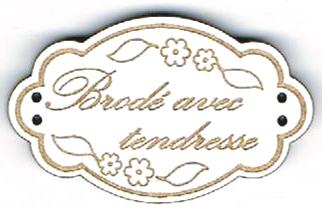 BE111B - Bouton Brodé avec tendresse