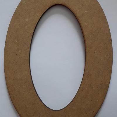 CAF07- Anneau ovale 18 cm