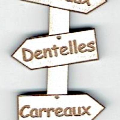 BD533 - Bouton flèche, Fuseaux, Dentelles, Carreaux