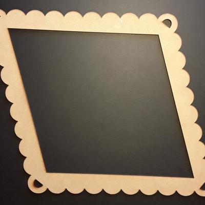 Cadre losange dentelle, 27x36,5 cm