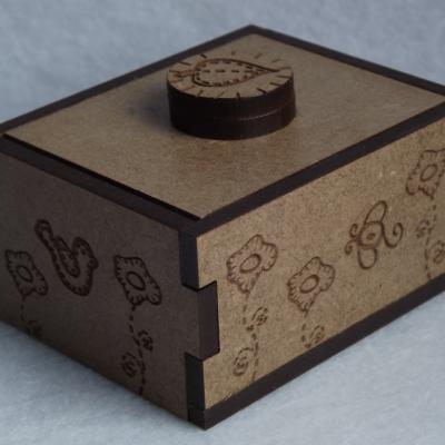 MB04 - Mini boîte,